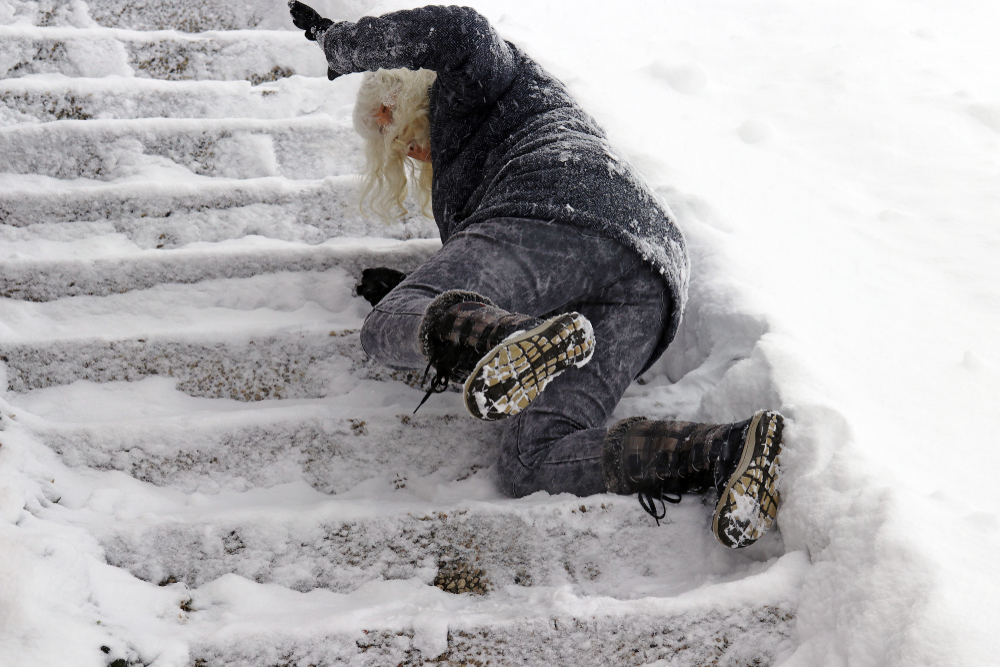 How To Avoid Winter Slips and Falls